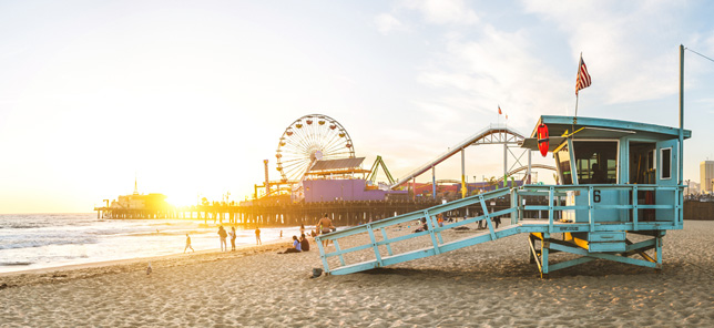 A view of a beach in Los Angeles, which can be visited when you book a hotel or other accommodation with Flight Centre.