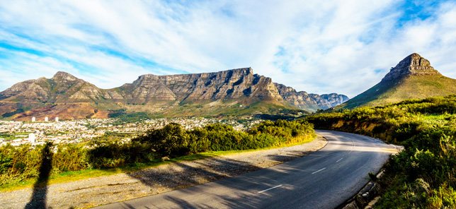 A vista of Cape Town's beautiful Table Mountain that could be easily visited during your time in Cape Town when you book a hotel or other accommodation with Flight Centre.