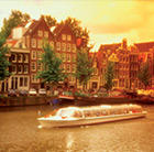A view of a canal in Amsterdam, which can be toured via a cheap flight from Flight Centre.