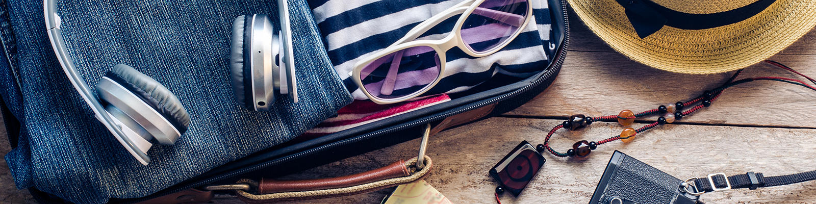 5 tips for packing smartly and travelling safely