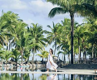 beachcomber-deals-mauritius-flight-centre.jpg