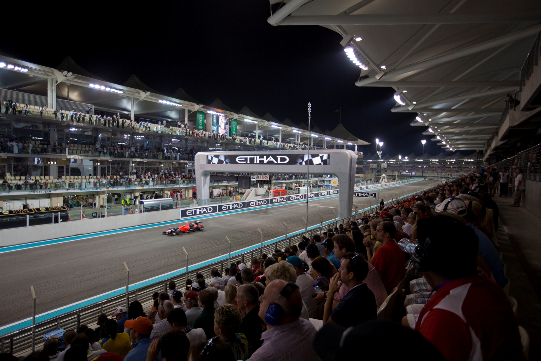 Fastest Roller Coaster In The World >> After the checkered flag is lowered in Abu Dhabi